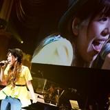 牧野由依、歌手デビュー10周年記念ライブで涙 4thアルバム発売、次回ライブ開催も発表