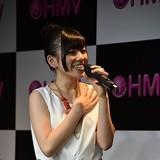 Machico、「このすば」主題歌シングル発売記念イベントで、自身作詞のカップリング曲も披露