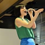 マチ★アソビでMachicoが熱唱!「この素晴らしい世界に祝福を」OPを含む7曲を披露