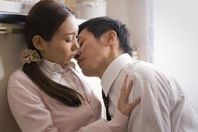 平成版「団地妻」で高尾祥子は初ヌード「エッチを狙え! 「イヌネコ。」」