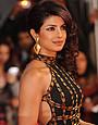 インドの感動作「バルフィ!」自閉症の少女を演じたのは、ミスワールド出身のセクシー美女!