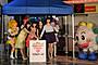 """中島愛らプリキュア声優陣、横浜を""""ビッグな愛""""のピンク色に染める"""