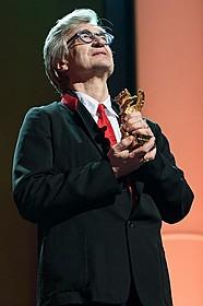 栄誉金熊賞を授与されたビム・べンダース