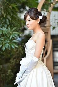 ウエディングドレス姿の川口春奈