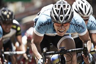 プロの自転車ロードレーサーたちのドラマを描く「疾風スプリンター」