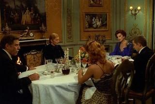 名優5人が繰り広げる室内劇「家族の肖像」