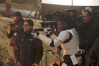 「スター・ウォーズ フォースの覚醒」 の撮影現場の様子「スター・ウォーズ」