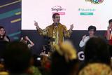 ピコ太郎、シンガポールでも大人気!ロング版「PPAP」披露で会場大混乱
