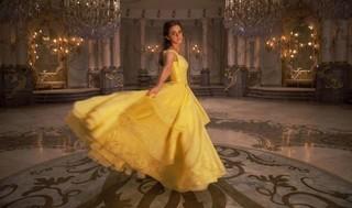 ベルといえばイエローのドレス「ウォールフラワー」