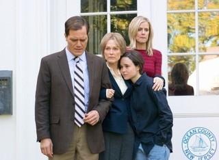 マイケル・シャノン演じる 同僚刑事も重要な役割を果たす「ハンズ・オブ・ラヴ 手のひらの勇気」