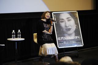 ドキュメンタリー映画のトークイベントに参加した矢野顕子