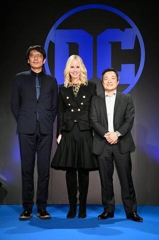 ダイアン・ネルソン社長(中央)&人気アーティストのジム・リー(右)がDCブランドの魅力をアピール「レゴバットマン ザ・ムービー」