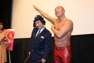 武田幸三が乳首ドリルに挑戦