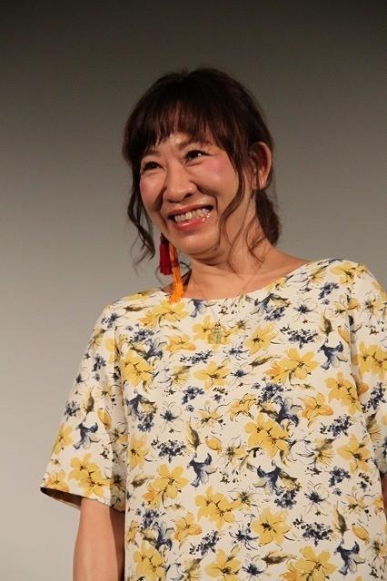 吉本新喜劇・浅香あき恵、映画初主演も「不細工やなあ」 監督の称賛には雄たけび - 画像1