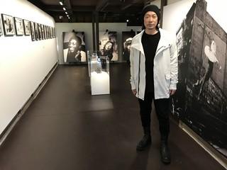 二十四の瞳映画村のギャラリーで 写真展flowを開催する永瀬正敏「八日目の蝉」