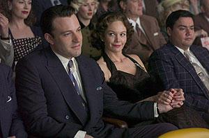 ハリウッドランドの映画評論・批評
