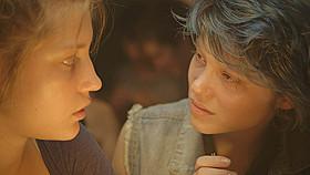 アデル、ブルーは熱い色の映画評論・批評