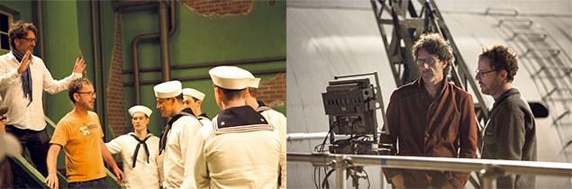 演出中のジョエル&イーサン・コーエン監督。今作でも脚本を共同で手掛ける