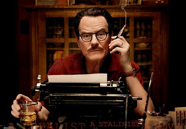 ドラマ「ブレイキング・バッド」のブライアン・クランストンが、不屈の脚本家を熱演