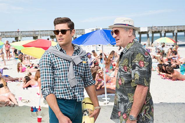 ジェイソン(左)とディック(右)は傷心旅行でフロリダのビーチにやってくるが……